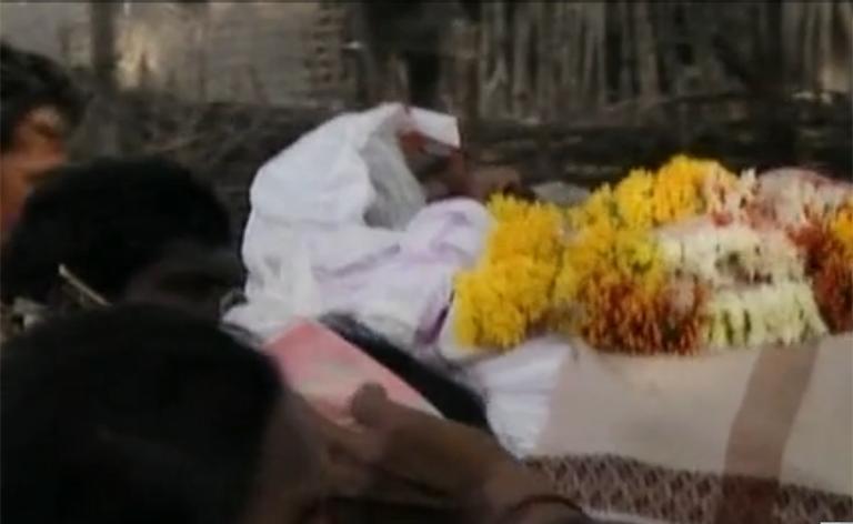 インドの自殺者アップ